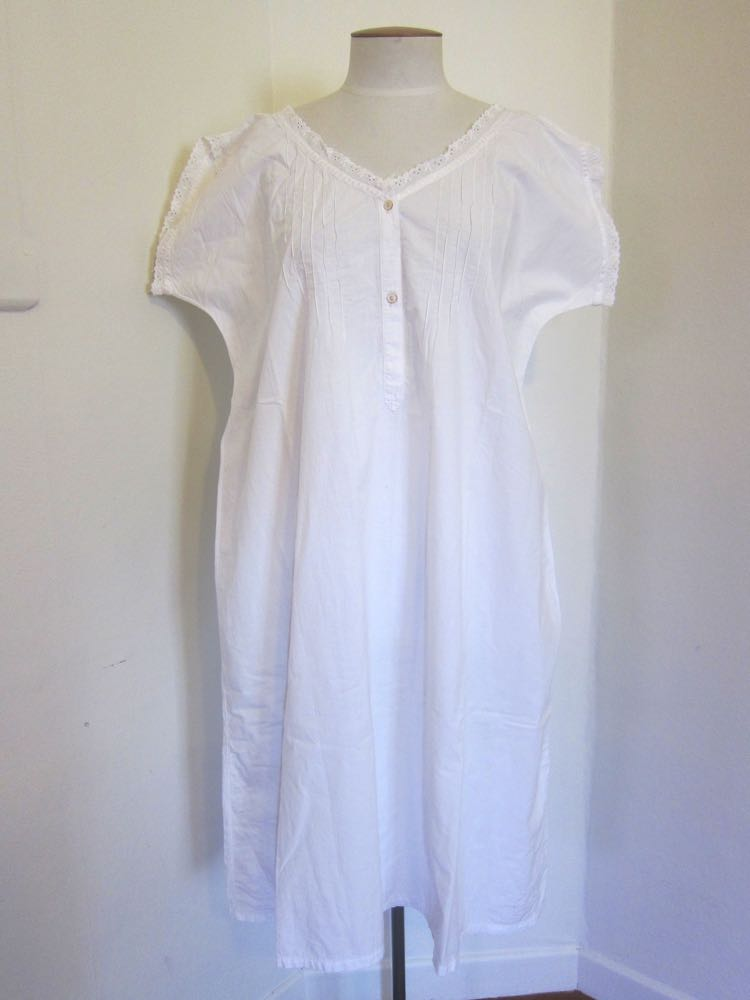 1900s nightgown thedreamstress.com