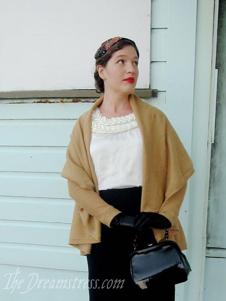 A circular cardigan with a vintage twist, thedreamstress.com