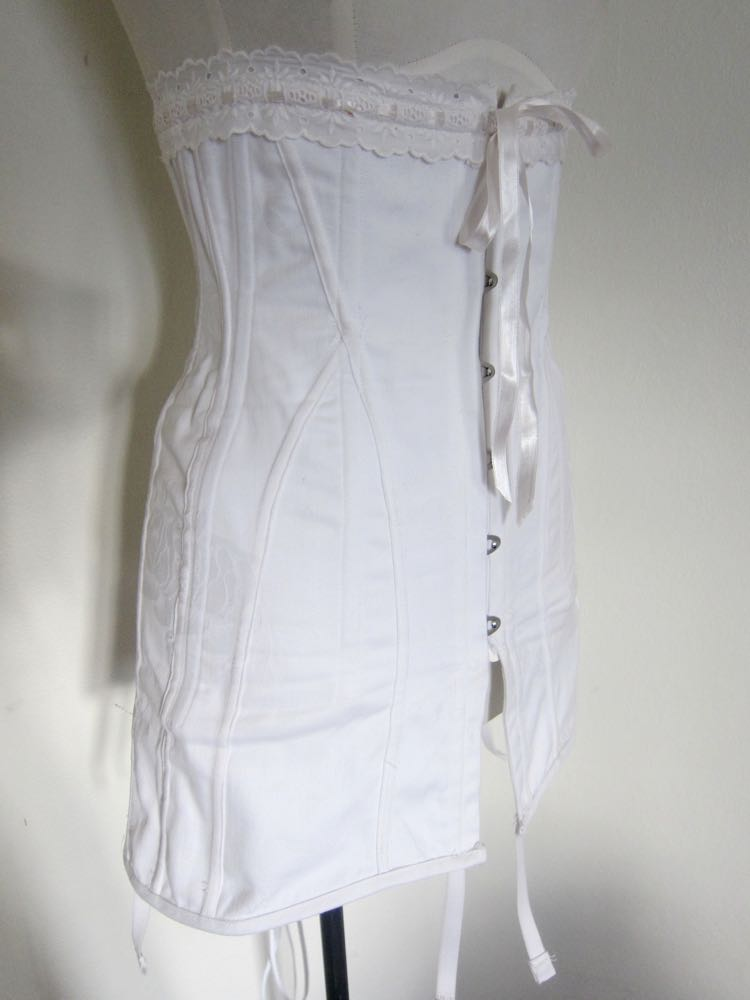 1910s corset damage and mistakes09