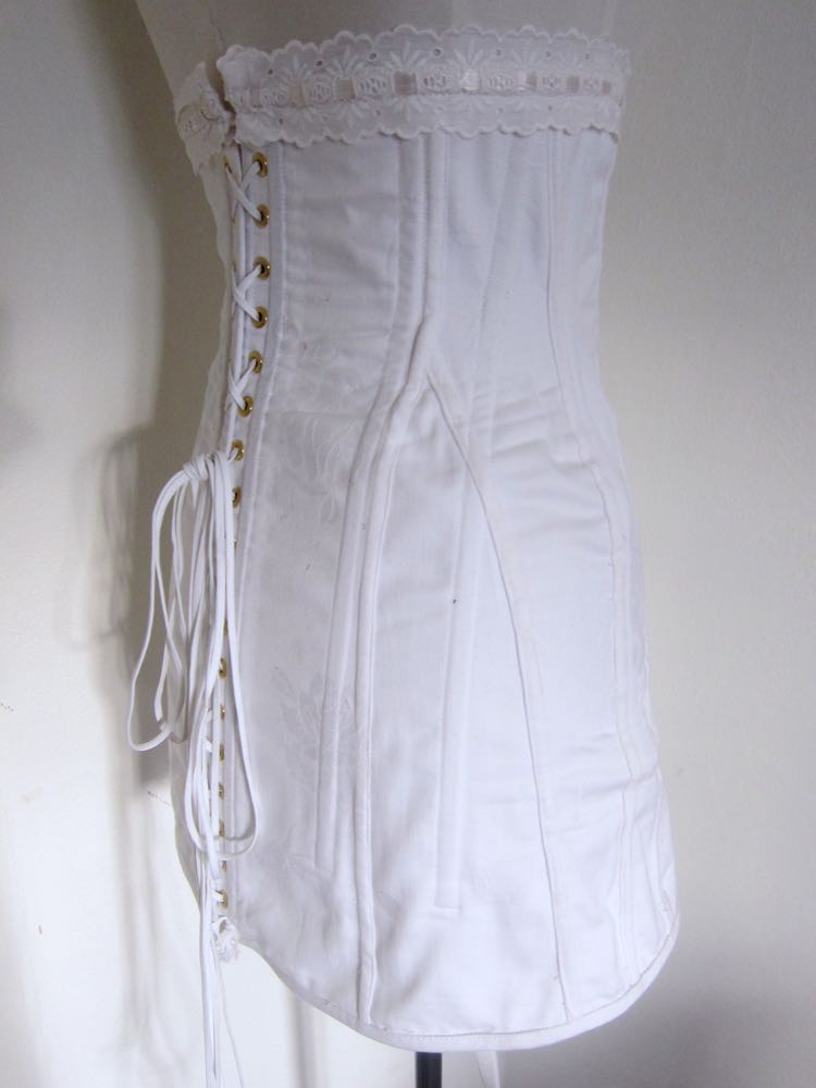 1910s corset damage and mistakes11