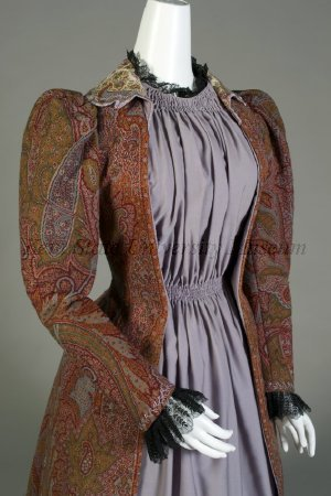 Paisley afternoon dress (tea gown), American:Scottish, texile ca. 1860, tea gown 1885-1889, Kent State Museum, 1995.017.0016