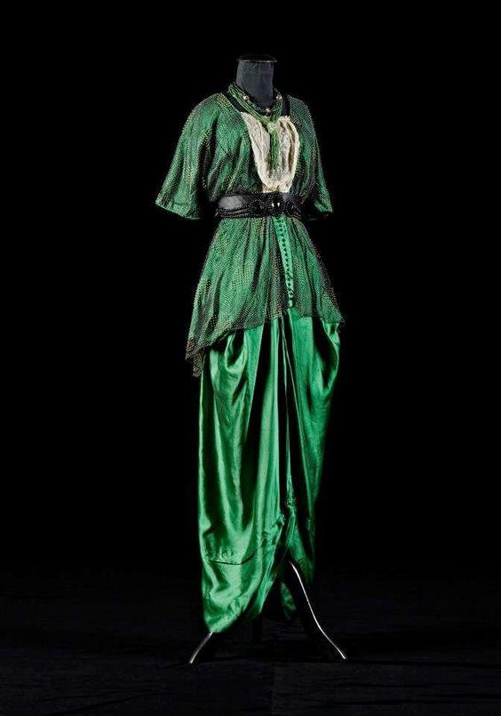 Evening gown, circa 1914, Alexandre Vassiliev Foundation
