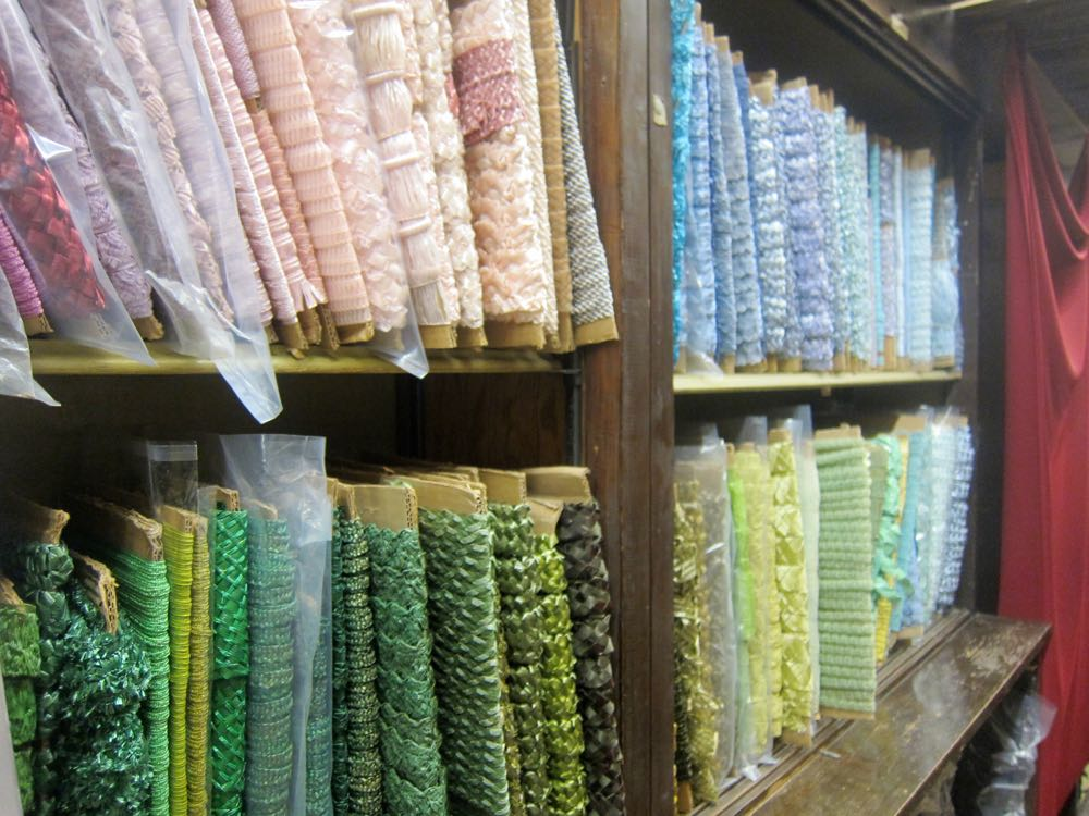 Touring the LA fabric district, thedreamstress.com
