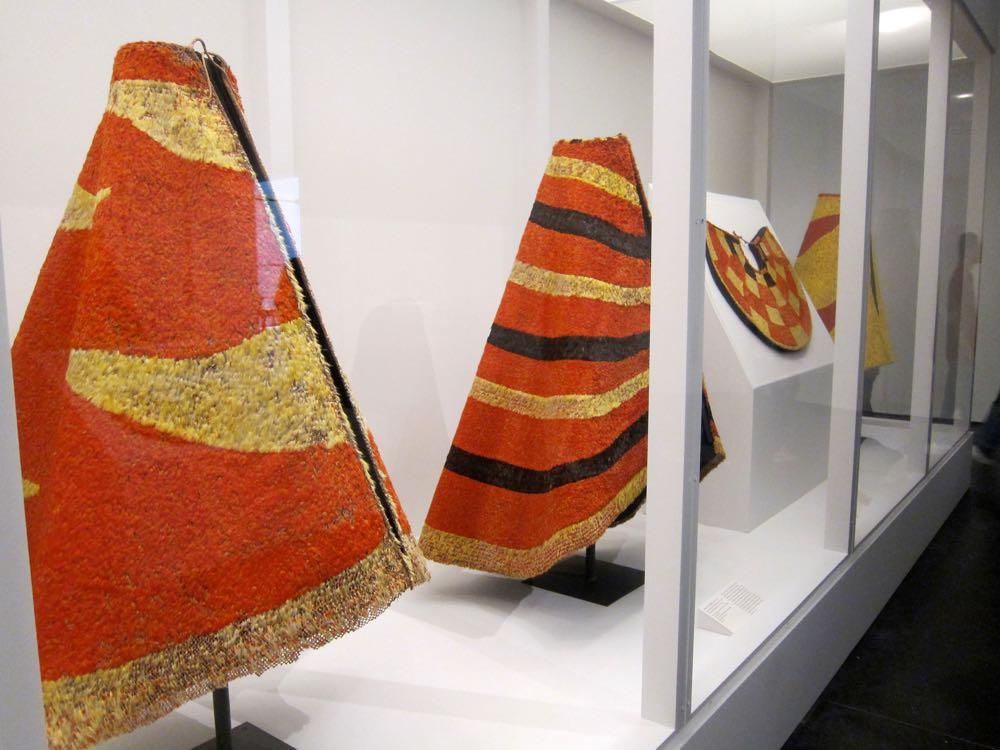 Royal Hawaiian Featherwork: Nā Hulu Ali'i at LACMA, thedreamstress.com