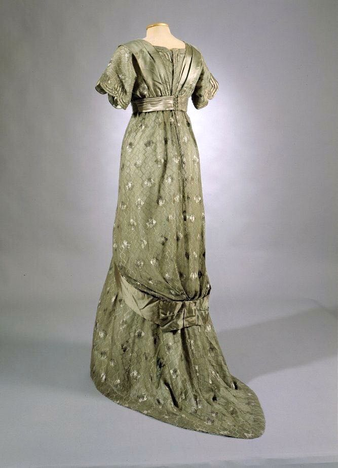 Evening Gown, Ellen Helin, 1912, Finnish, silk, floral motif, silk lining, ribbon. KM 62048, from nba.fi