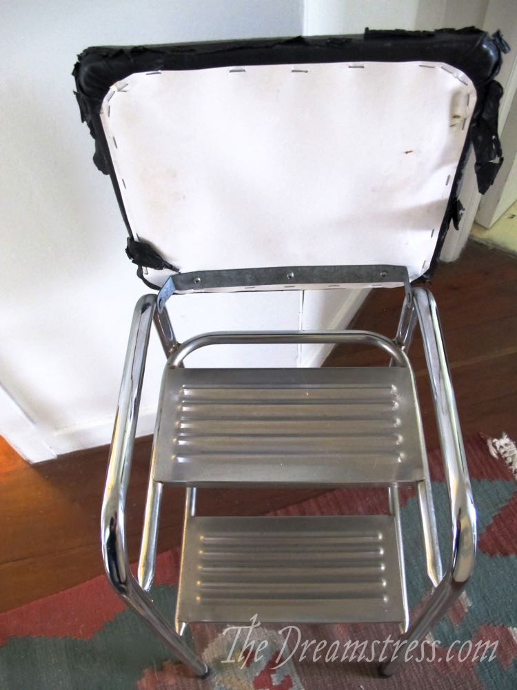 Recovering a step-stool, thedreamstress.com