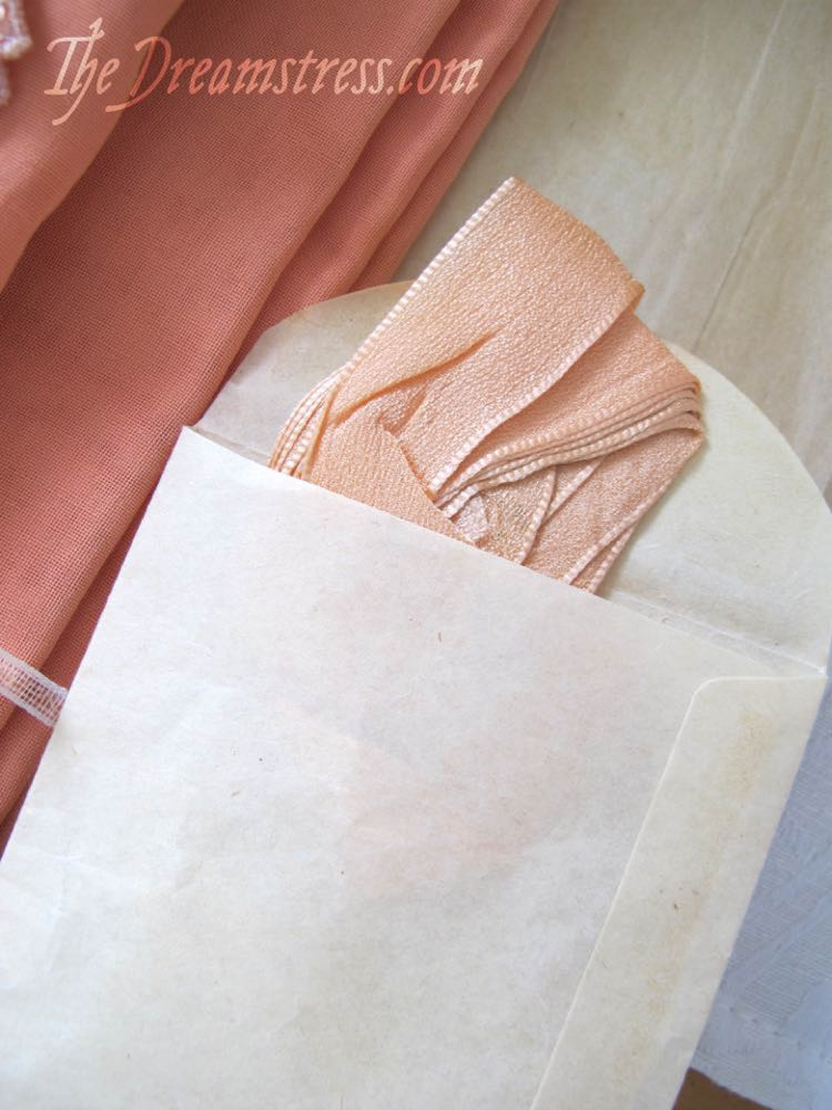A 1920s dress kit thedreamstress.com