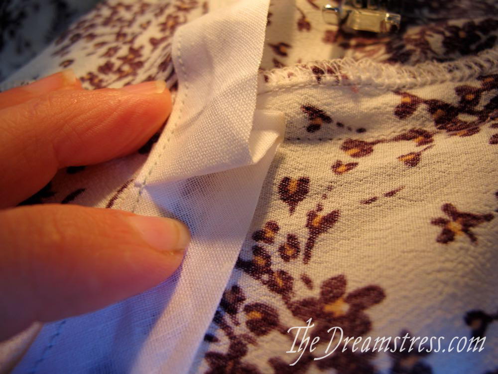 Tutorial: a drawstring waist for the Henrietta Maria scrooppatterns.com