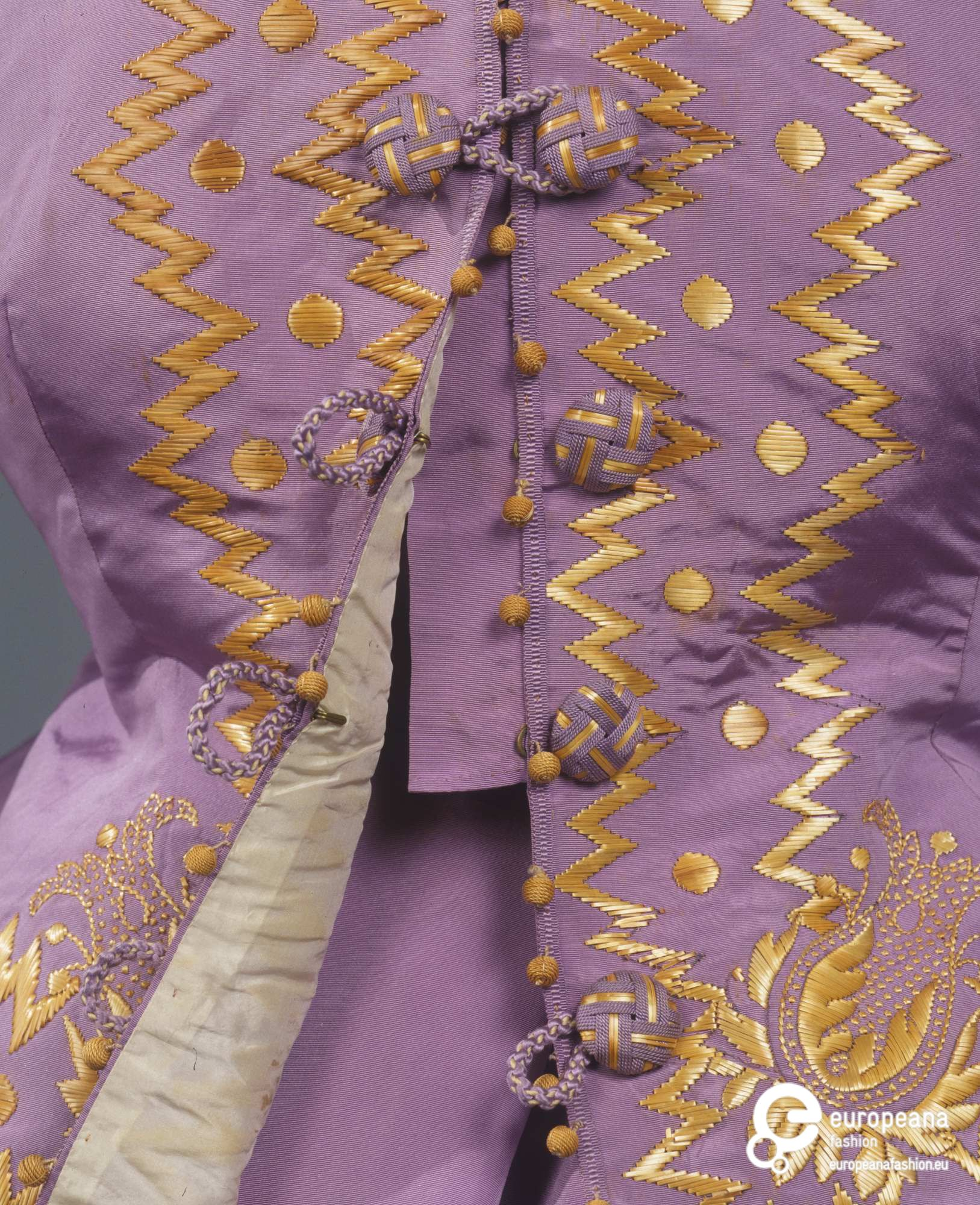 Dress in three parts, Italian, silk taffeta with straw embroidery, 1867, Galleria del Costume di Palazzo Pitti, 00000101, via EuropeanaFashion.eu