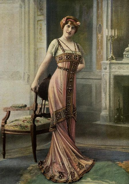 Dinner gown by Doeuillet, 1910