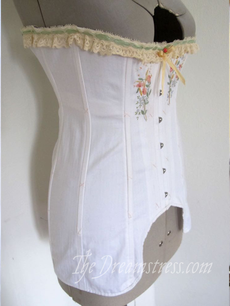 Madame O's Rilla Corset by Scroop Patterns thedreamstress.com