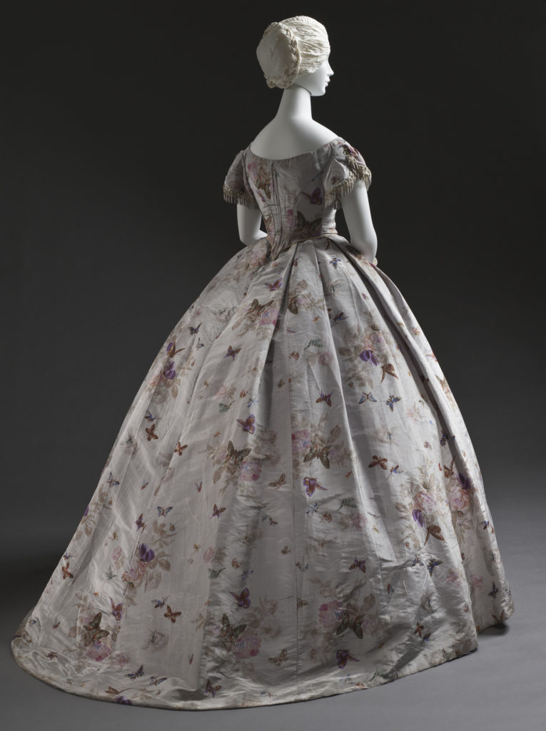 Woman's Dress (Robe à transformation) France, circa 1865, Silk taffeta with printed warp, moiré finish, LACMA, M.2007.211.943a-c