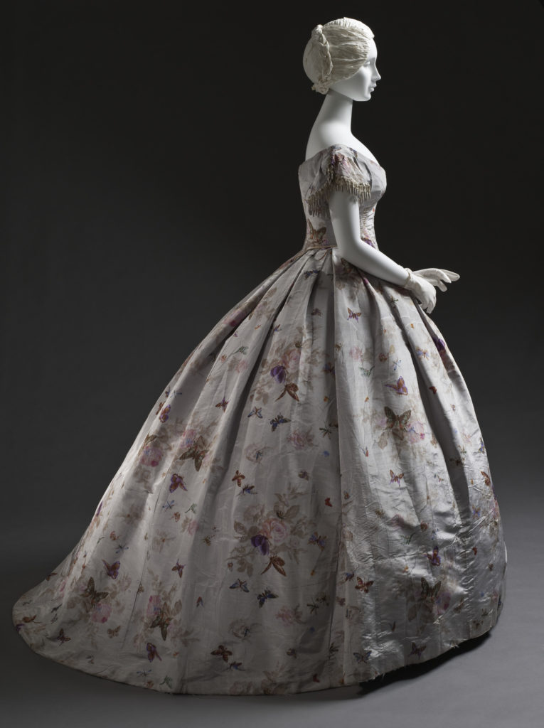 Woman's Dress (Robe à transformation) France, circa 1865, Silk taffeta with printed warp, moiré finish, LACMA, M.2007.211.943a-c