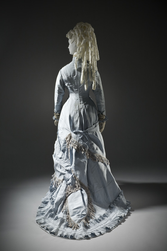 1870s, 1880s, natural form, Victorian dress
