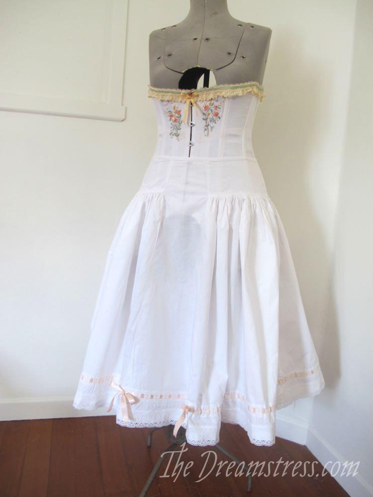 A super-full 1916 petticoat thedreamstress.com, 1910s petticoat, starched petticoat