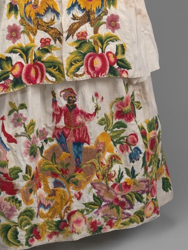 Dress, 1725–40, Italian, linen with wool embroidery, Metropolitan Museum of Art 1993.17a, b