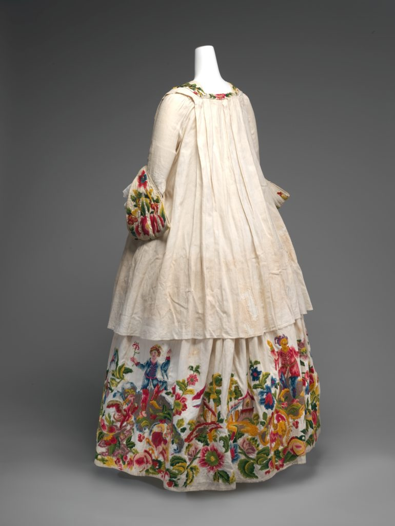 Dress (casaquin and petticoat), 1725–40, Italian, linen with wool embroidery, Metropolitan Museum of Art 1993.17a, b