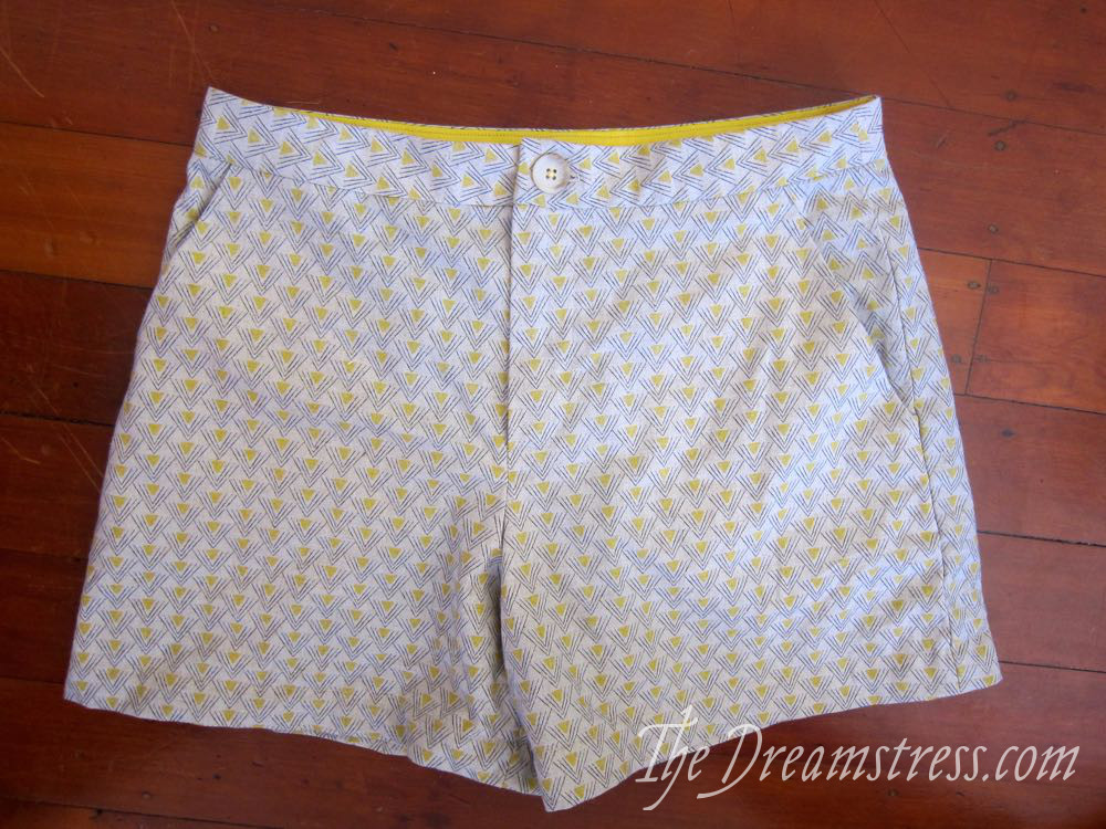 Smaug shorts thedreamstress.com