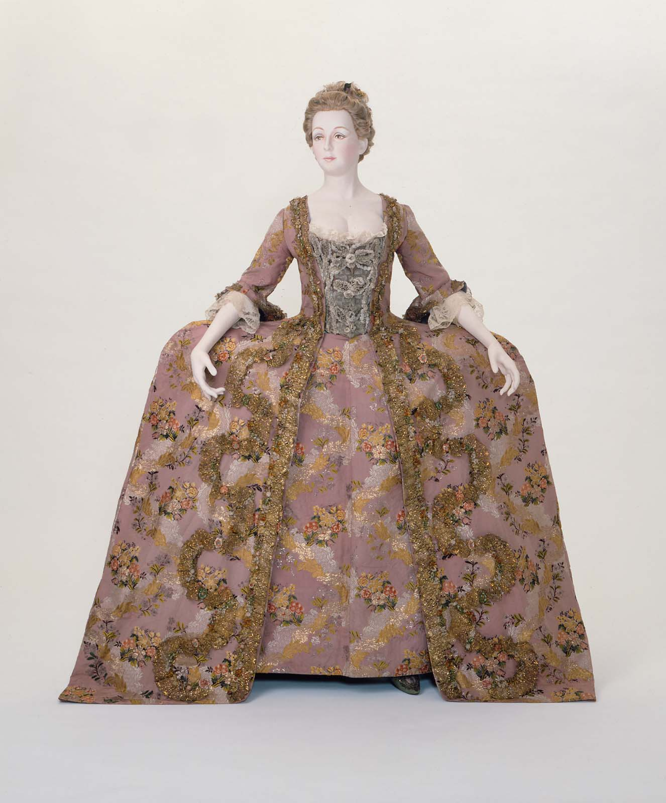 Robe a la Francaise, Italian, about 1775, Silk taffeta brocaded with silk and metallic threads, MFA Boston, 77.6a-b