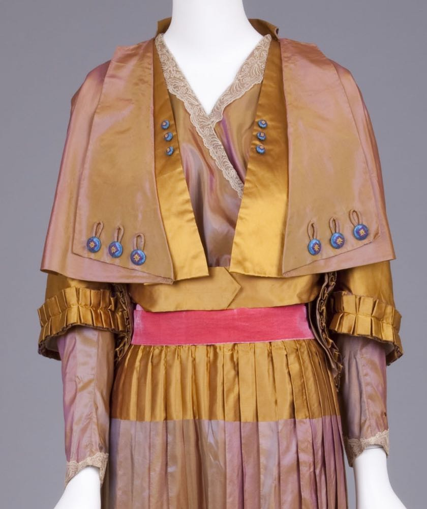 Dress, mid-1910s, 'Landum Minneapolis', silk taffeta, Goldstein Museum of Design, 2006.043.006a-c