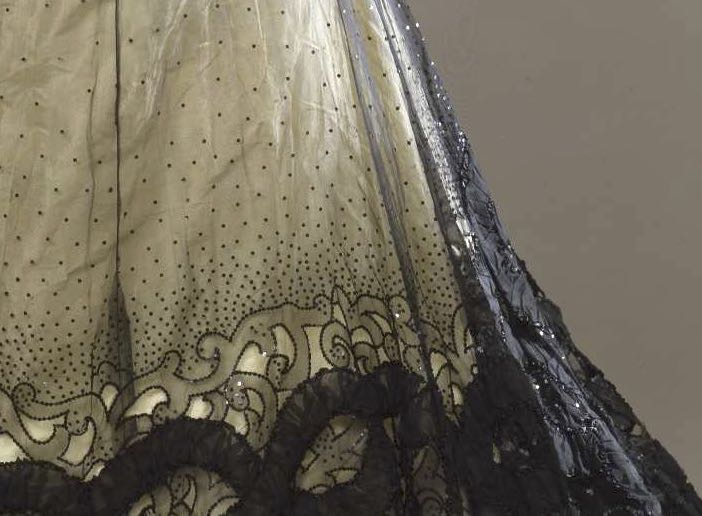 Evening dress in two parts, 1900-1905, Mrs. C. Donovan, New York (Designer), silk, sequins, via Europeana.eu