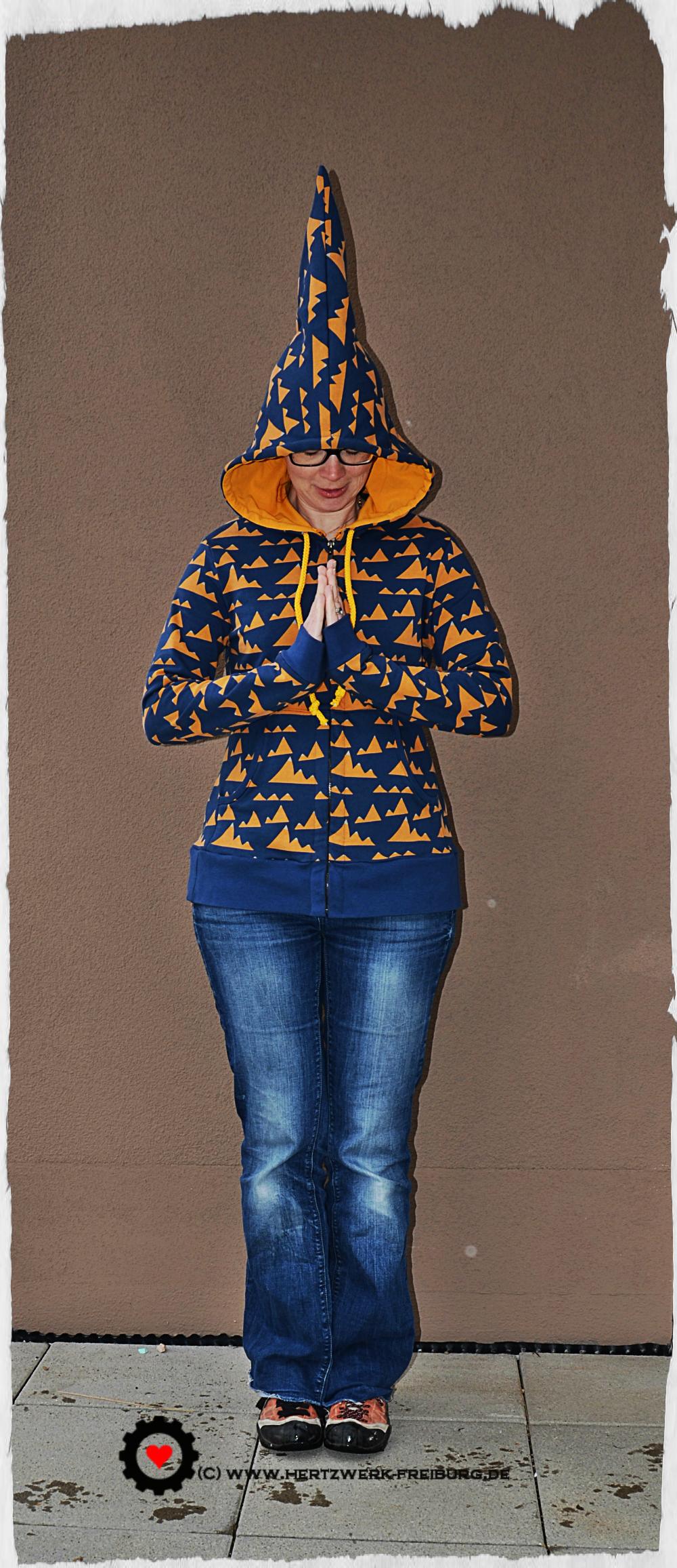 The Otari Hoodie by Scroop Patterns, sewn by Hertzwerk - Freiburg