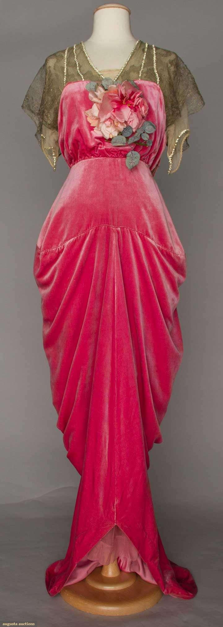 Raspberry velvet hobble skirt gown by Robert, Paris, 1910-1914, Augusta Auctions, April 20, 2016