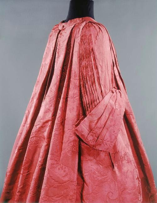 Robe Volante, 1720-1735, Musée Galliera de la Mode de la Ville de Paris