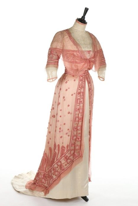 A G & E Spitzer of Vienna embroidered pink chiffon and ivory satin gown with day and evening bodices, circa 1910 Sold by Kerry Taylor Auctions