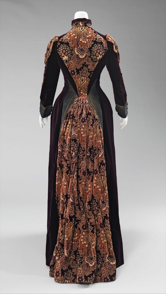 Dress, Mme. Uoll Gross, 1888, American, silk, metal, Brooklyn Museum Costume Collection at The Metropolitan Museum of Art, 2009.300.618a, b