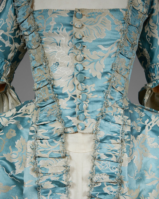 Robe a la Francaise, 18th century (probably 1770s), silk, Lot 550, sold by Whittakers Auctions, Fall 2016