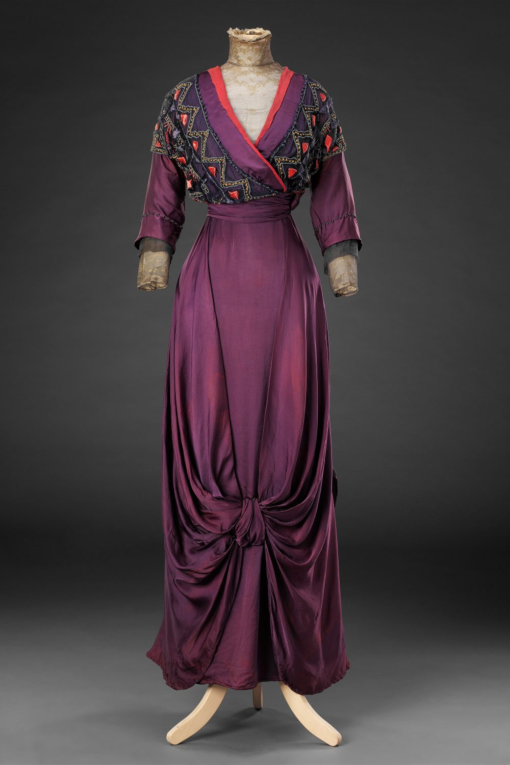 Day dress, ca. 1912. The John Bright Collection