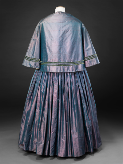 Day dress and cape of shot silk, early 1850s, The John Bright Historic Costume Collection