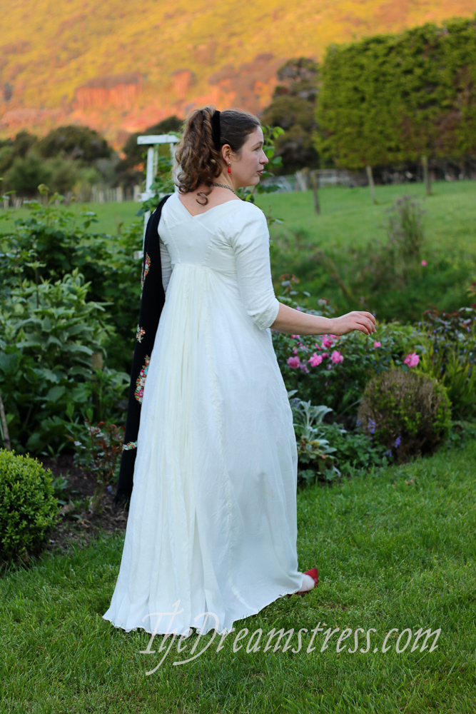 A ca. 1799 inspired regency dress thedreamstress.com