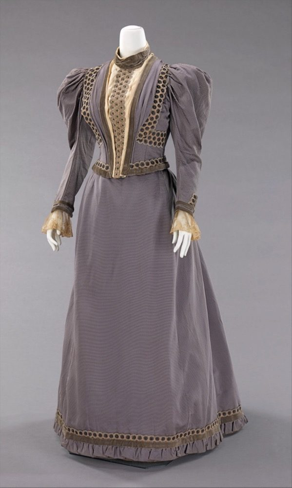 Wedding dress, A. B. Coady Department Store-Frederick Loeser & Company, 1893, American, silk, metal, Brooklyn Museum Costume Collection at The Metropolitan Museum of Art, 2009.300.910a, b