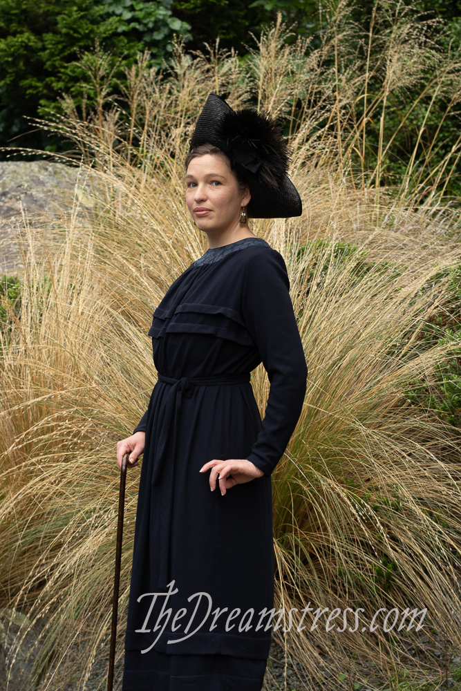 A dress made from a 1919 pattern thedreamstress.com