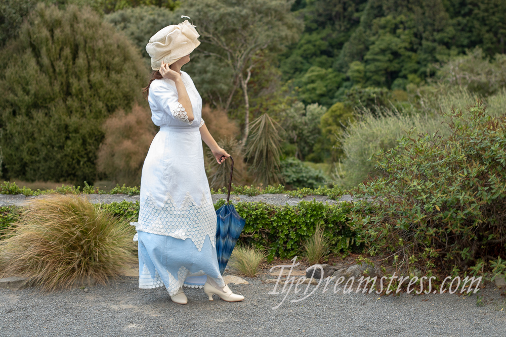 The 1910 Little Miss Muffet at the Village Fete Dress thedreamstress.com