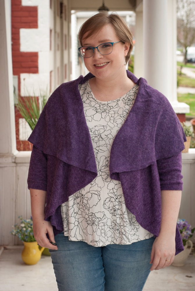 The Scroop Patterns Mahina Cardigan by Crafting a Rainbow