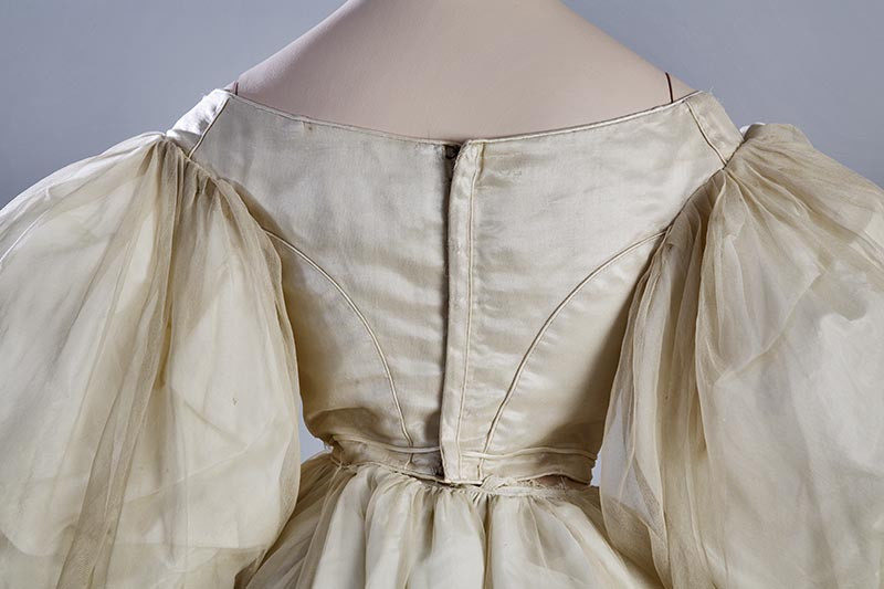 Evening dress, 1830s From the Turun museokeskus, Finland