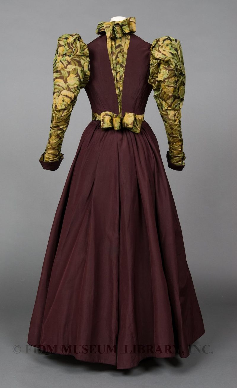 Two-piece day ensemble, 1894-1895, silk taffeta, Gift of the Manlove Family, FIDM 2006.870.19AB