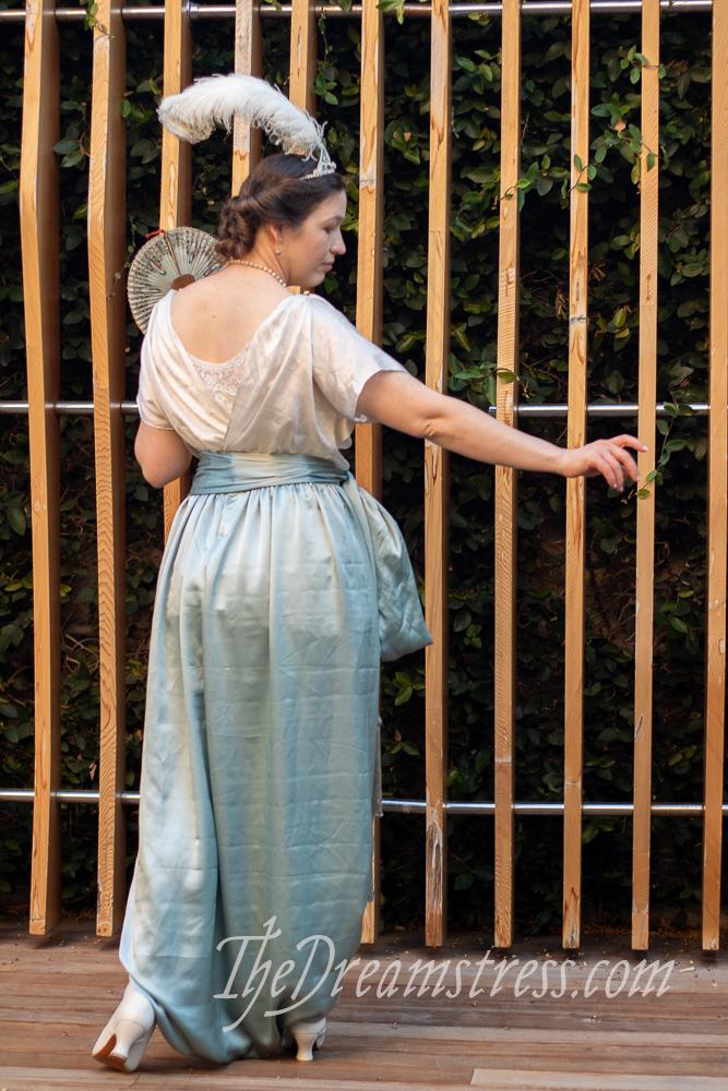 Lounging pyjamas inspired by a pair by Callot Soeurs at LACMA thedreamstress.com
