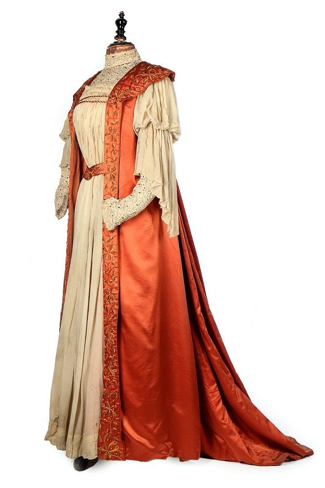 Liberty tea gown, ca. 1897, sold by Kerry Taylor Auctions