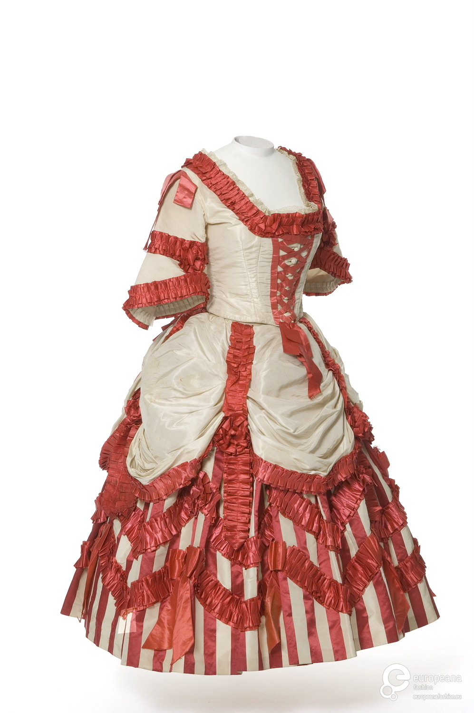 Fancy dress, silk, 1860s, Les Arts Décoratifs via Europeana Fashion UF 50-30-15 AB