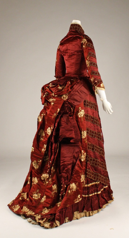 Ensemble, 1879, French, silk, glass beads, Metropolitan Museum of Art, C.I.51.23.1a–c