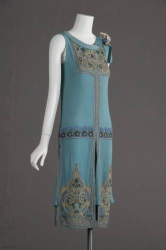 Wedding dress, 1927. Silk crepe, glass beads, metallic thread embroidery. Maker unknown. Gift of Robert C. Woolard. 1991.408a Sponsored by Laura Barnett Sawchyn, Chicago Historical Society