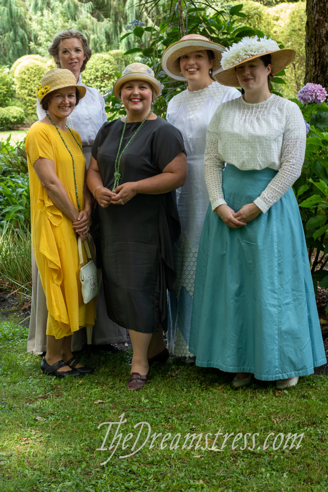 Costumes at Fernside thedreamstress.com