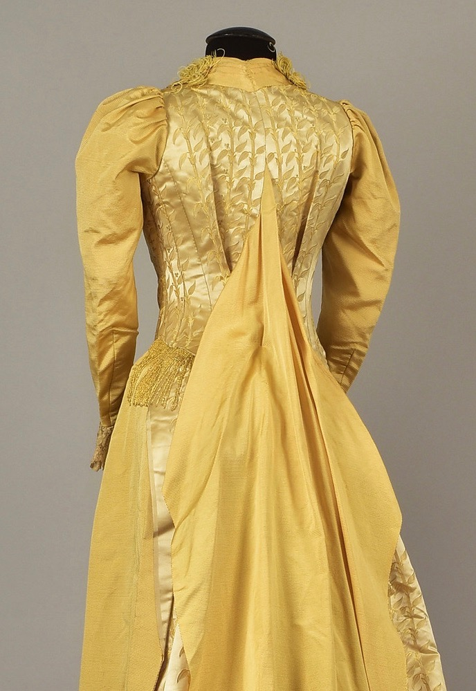 Gown (tea gown) ca. 1887, Helen Larson Private Collection sold by Whitaker Auctions
