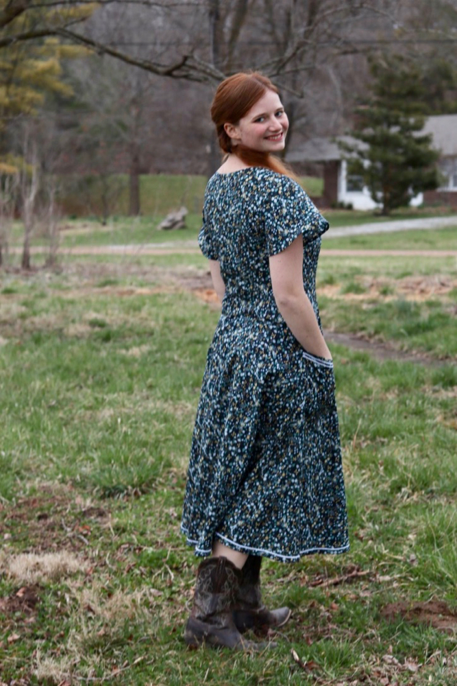 Scroop Patterns Robin Dress by @thesewinggoatherd