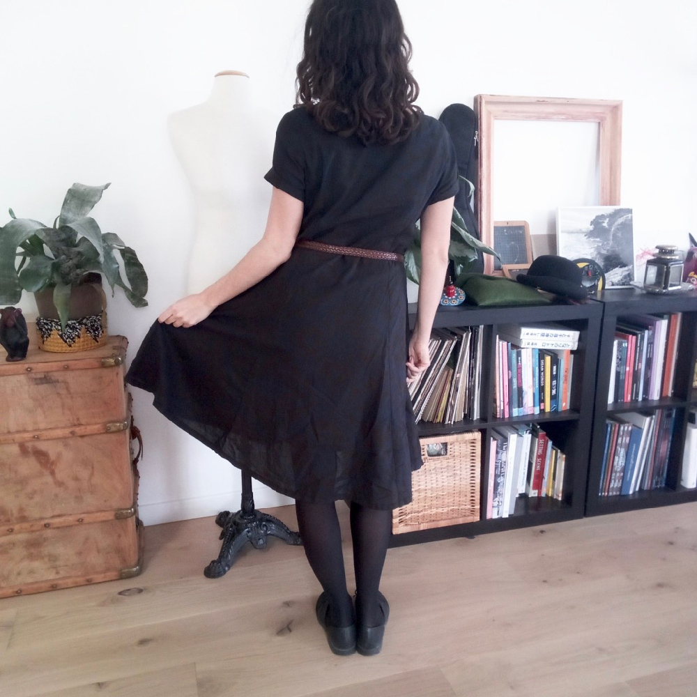 Scroop Patterns Robin Dress by @marion.v.roussel