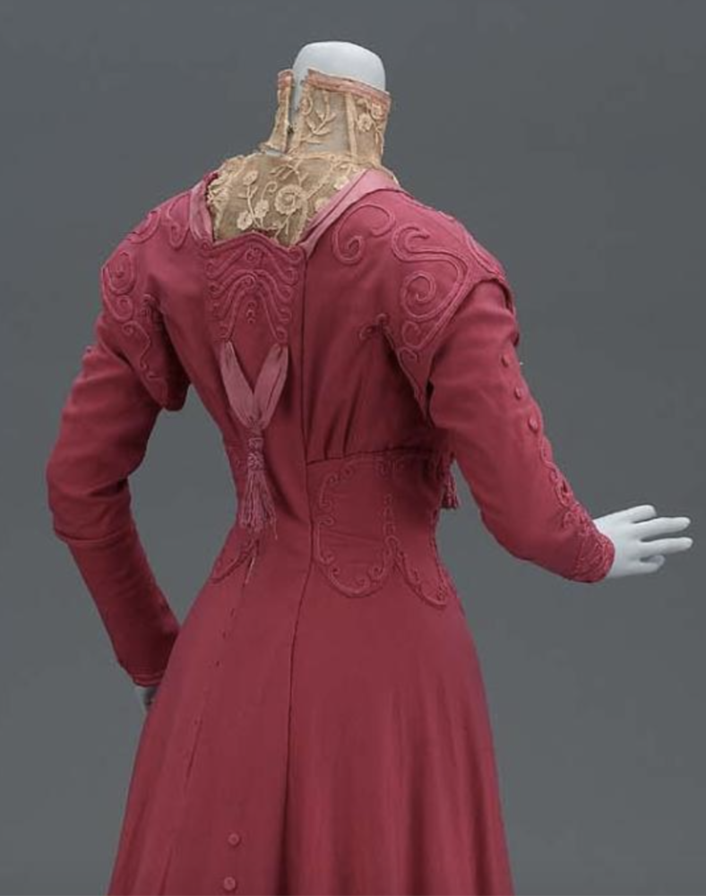 Day Ensemble, American about 1906, Boston, USA, Wool twill (broadcloth), silk twill, soutache braid, silk tassles, and boning, Gift of Miss Mary Perdew, MFA Boston 53.167a-b